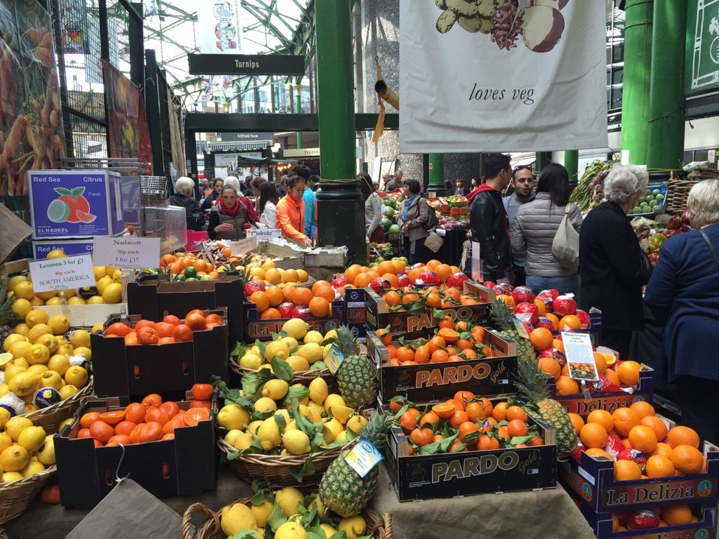 The Spitalfields Market is the most important traveler attraction in east London and has grown to be a vacation spot for food, clothes, crafts and old items.